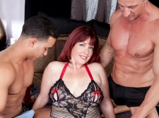 Dirty-Talking Mom Acquires DP'd
